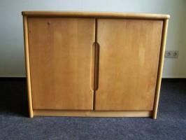 Foto 5 Verkauf eines kompletten Zimmers - Massivholzmöbel (kanadische Erle)