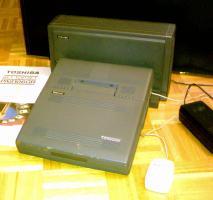 Foto 2 Verkauf - Toshiba Desk Station III, T3100SX mit Zubeh�r (Jahr 1989)