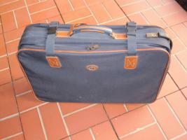 Foto 5 Verkaufe 2 Reisekoffer auf Rollen, von Carlton international.