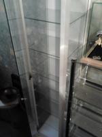 Foto 2 Verkaufe hier 2 neuwertige Glas-Vitrinen!