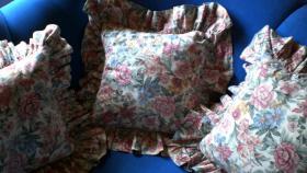 Foto 3 Verkaufe 3 gebrauchte Rosenkissenbezüge mit Rüsche im Landhausstil