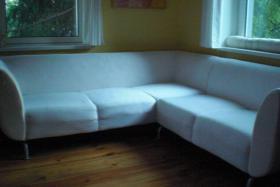 Verkaufe Ecksofa in beige von IKEA für 149,00 Festpreis