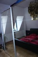 Foto 2 Verkaufe Schwebetürenschrank mit Spiegelfront