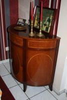 Verkaufe antike Mahagoni Bar und eine antike Esche Glasvitrine!