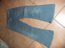 Verkaufe mehrere Jeans Hosen in der Gr. S