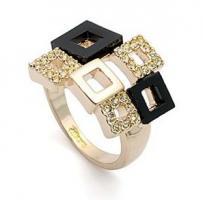 Verkaufe neuen Swarovski Elements Gold Ring Octavius