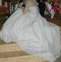 Foto 4 Verkaufe ein sehr schönes/ ''pompöses'' Brautkleid, Gr.36
