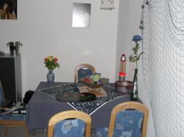 Foto 2 Verkaufe wegen Umzug EBK, Wohnzimmer und Schlafzimmer