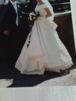 Verkaufe wunderschönes Brautkleid mit Zubehör