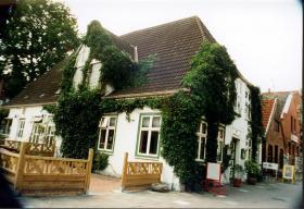 Verpachtung  einer langjährig eingeführten KULTURKNEIPE an der Nordsee 25704 Meldorf / Nordsee (Kreis Dithmarschen)
