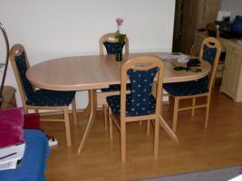 Foto 2 Verschiedene Möbel