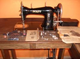 Versenkbare Pfaff 31 Nähmaschine *sehr schöner Zustand* funktionstüchtig