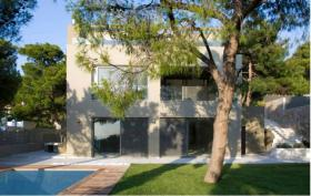 Very exclusive and perfectly maintained Villa in Athens/Greece