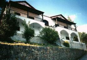 Villa mit Blick bis Albanien