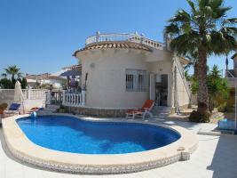 Foto 2 Villa mit Pool an der Costa Blanca