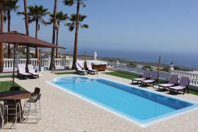 Villa Puesta del Sol auf Teneriffa- beheizter Pool-Jacuzzi, Meerblick, SAT/TV, Wifi, Geschirrspüler