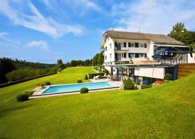 Villa Schweil - Mittelland zu verkaufen -  Helikopter - Hangar - Fluggenehmigung