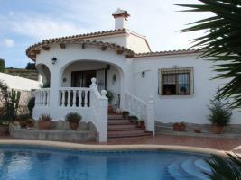 Villa mit tollem Blick in Benitachell an der Costa Blanca