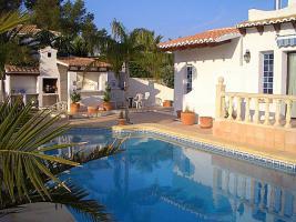 Foto 3 Villa mit traditionellem Ambiente in Javea an der Costa Blanca