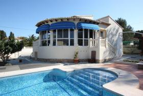 Villa mit wunderschönen gepflegtem Garten in Calpe an der Costa Blanca