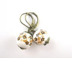 Vintage Blumen-Perlen Ohrringe