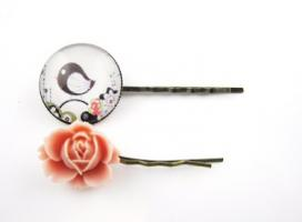 ' Das Vögelchen und die Rose '  Haarspangen