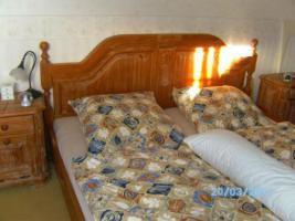 Foto 5 Vollholzschlafzimmer Pinie weiß gekälkt