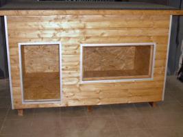 vollisolierte hundeh tte xxl mit eingebauter plexiglasscheibe in ennepetal. Black Bedroom Furniture Sets. Home Design Ideas