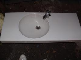 Waschbecken, Waschtisch