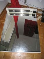 Foto 5 Waschplatz hochglanz weiß, 3 türig , 2 Schubladen mit Halogenbeleuchtung, Steckdose, Waschbecken