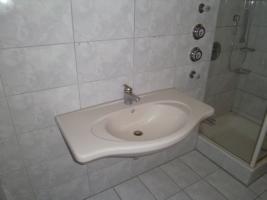 Foto 2 Waschtisch