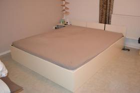 Wasserbett, 180x200cm, komplett  mit Heizung, Bettgestell, Zubehör