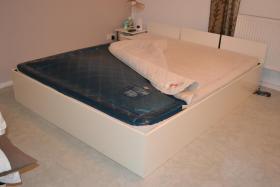 Foto 3 Wasserbett, 180x200cm, komplett  mit Heizung, Bettgestell, Zubehör