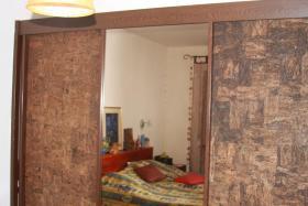 Foto 2 Wegen Umzug gratis abzugeben Doppelbett komplett und Kleiderschrank