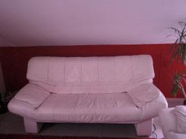 Weisse Ledercouch+ 2 Sessel