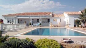 Werfen Sie einen Blick auf dieses attraktive Haus in der Nähe von Kalamata/Griechenland