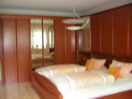Foto 2 Winkelschlafzimmer massiv Kirschbaum TOP ANGEBOT