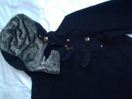 Foto 2 Winter Kapuzen-Pullover- GP- Gr. S- (siehe Maße)
