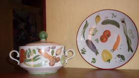 Winterling: Handbemalte Terrine und passender Gemüseteller