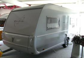 wir verkaufen wohnwagen wie neu marke tabbert model puccini 550 dv230 baujahr 2007 in frankfurt. Black Bedroom Furniture Sets. Home Design Ideas