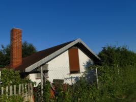 Foto 2 Wochenendhaus mit Garten