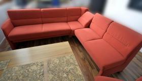 Foto 2 Wohn - Speiseprogramm - Eckbankgruppe mit Stuhl