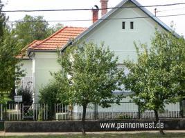 Foto 8 Wohnliches Einfamilienhaus  in Ungarn 15 Km zum Plattensee.