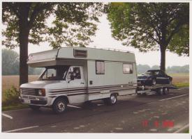 wohnmobil mit trailer zu verkaufen von privat wohnmobil. Black Bedroom Furniture Sets. Home Design Ideas