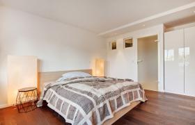 Foto 4 Wohnung mit 2.0 Zimmern (neuwertig, hochwertig, Designer Stil)