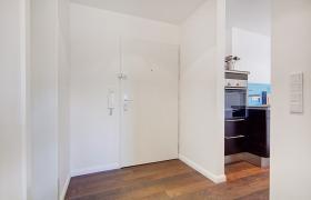 Foto 10 Wohnung mit 2.0 Zimmern (neuwertig, hochwertig, Designer Stil)