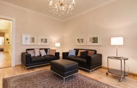 Foto 2 Wohnung mit 3.0 Zimmern in bester zentraler Lage, im Erstbezug nach Renovierung