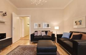 Foto 3 Wohnung mit 3.0 Zimmern in bester zentraler Lage, im Erstbezug nach Renovierung