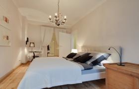 Foto 4 Wohnung mit 3.0 Zimmern in bester zentraler Lage, im Erstbezug nach Renovierung