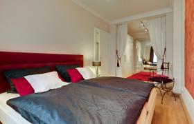 Foto 5 Wohnung mit 3.0 Zimmern in bester zentraler Lage, im Erstbezug nach Renovierung
